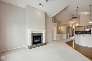 Photo 3: 85 EVERWOODS Close SW in Calgary: Evergreen Detached for sale : MLS®# C4279223