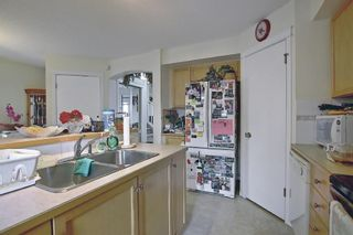 Photo 9: 378 Prestwick Circle SE in Calgary: McKenzie Towne Detached for sale : MLS®# A1103609
