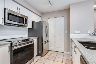"""Photo 10: 310 332 LONSDALE Avenue in North Vancouver: Lower Lonsdale Condo for sale in """"CALYPSO"""" : MLS®# R2559698"""
