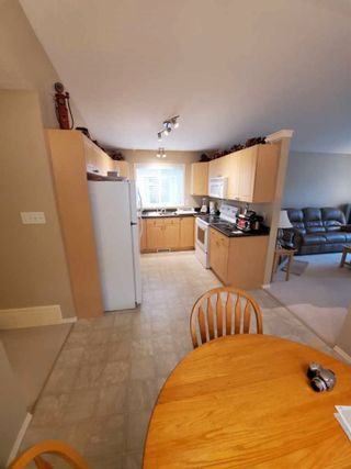 Photo 8: 140 Brintnell Boulevard in Edmonton: Zone 03 House for sale : MLS®# E4243716