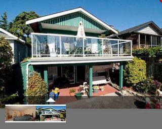 Photo 1: 15170 BEACHVIEW Avenue: White Rock House for sale (South Surrey White Rock)  : MLS®# R2537137