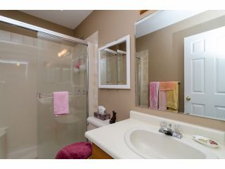 """Photo 17: 42 1400 164 Street in Surrey: King George Corridor House for sale in """"Gateway Gardens"""" (South Surrey White Rock)  : MLS®# F1419963"""