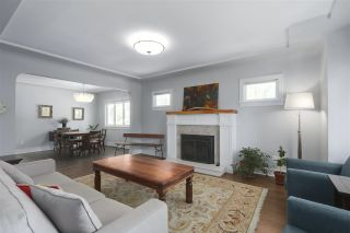Photo 2: 4703 COLLINGWOOD Street in Vancouver: Dunbar House for sale (Vancouver West)  : MLS®# R2401030