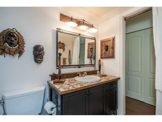 """Photo 17: 219 15991 THRIFT Avenue: White Rock Condo for sale in """"ARCADIAN"""" (South Surrey White Rock)  : MLS®# R2456477"""