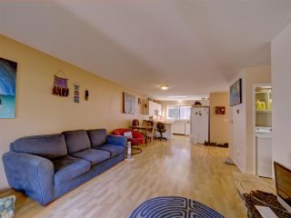"""Photo 6: 5669 SURF Circle in Sechelt: Sechelt District House for sale in """"SECHELT DOWNTOWN"""" (Sunshine Coast)  : MLS®# R2530445"""