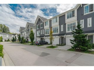 """Photo 1: 42 18681 68 Avenue in Surrey: Clayton Townhouse for sale in """"CREEKSIDE"""" (Cloverdale)  : MLS®# R2400985"""
