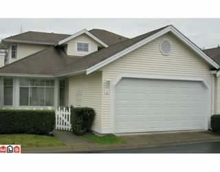 """Photo 1: 98 9208 208TH Street in Langley: Walnut Grove Townhouse for sale in """"CHURCHILL PARK"""" : MLS®# F1002251"""