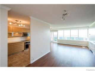 Photo 7: 1305 Grant Avenue in Winnipeg: River Heights / Tuxedo / Linden Woods Condominium for sale (South Winnipeg)  : MLS®# 1618343