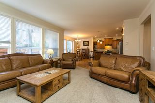 """Photo 10: 19662 73A Avenue in Langley: Willoughby Heights House for sale in """"Willoughby Heights"""" : MLS®# R2339919"""