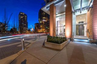 """Photo 2: 2707 1351 CONTINENTAL Street in Vancouver: Downtown VW Condo for sale in """"Maddox"""" (Vancouver West)  : MLS®# R2569520"""