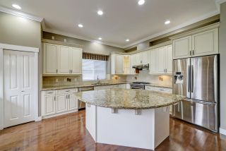 """Photo 5: 67 CLIFFWOOD Drive in Port Moody: Heritage Woods PM House for sale in """"Stoneridge by Parklane"""" : MLS®# R2550701"""
