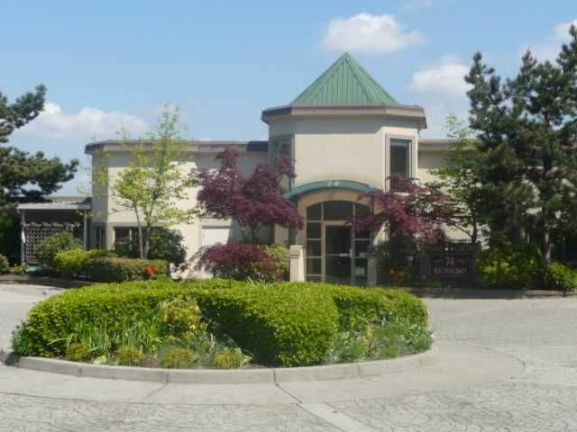"""Main Photo: 302 74 RICHMOND Street in New Westminster: Fraserview NW Condo for sale in """"GOVERNOR'S COURT"""" : MLS®# V889527"""