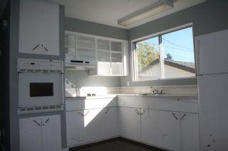Photo 4: 8329 166 Street in Edmonton: Zone 22 House for sale : MLS®# E4263534
