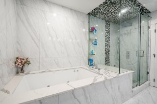 Photo 26: 2422 ANCASTER Crescent in Vancouver: Fraserview VE House for sale (Vancouver East)  : MLS®# R2618335