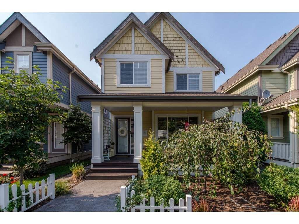 "Main Photo: 5837 SHAWNIGAN Drive in Chilliwack: Vedder S Watson-Promontory House for sale in ""Garrison"" (Sardis)  : MLS®# R2300797"