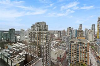 "Photo 15: PH2404 1010 RICHARDS Street in Vancouver: Yaletown Condo for sale in ""GALLERY"" (Vancouver West)  : MLS®# R2533230"