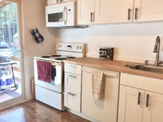 """Photo 2: 3040 MIDNIGHT Way in Squamish: Paradise Valley House for sale in """"MIDNIGHT WAY, PARADISE VALLEY"""" : MLS®# R2444990"""