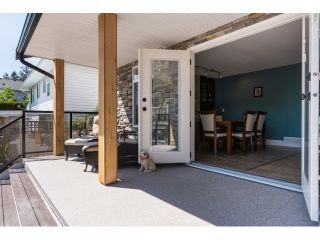 "Photo 20: 15552 VISTA Drive: White Rock House for sale in ""VISTA HILLS"" (South Surrey White Rock)  : MLS®# R2062767"