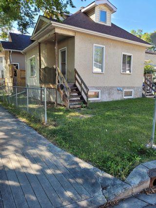 Photo 3: 10868 92 Street in Edmonton: Zone 13 House for sale : MLS®# E4262257