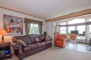 Photo 3: 30 1885 Tappen Notch Hill: Tappen Manufactured Home for sale (shuswap)  : MLS®# 10190924