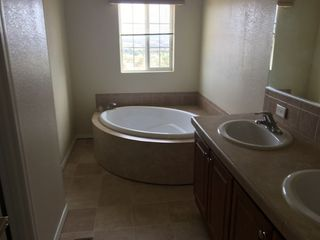 Photo 3: BOULEVARD Manufactured Home for sale : 3 bedrooms : 38220 Tierra Real Rd
