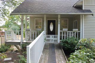 Photo 2: 6170 Lakes Rd in Duncan: Du East Duncan House for sale : MLS®# 883904