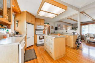 Photo 10: 3520 112 Avenue in Edmonton: Zone 23 House for sale : MLS®# E4257919