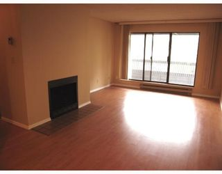 """Photo 2: 309 8400 ACKROYD Road in Richmond: Brighouse Condo for sale in """"LANSDOWNE GREEN"""" : MLS®# V796385"""