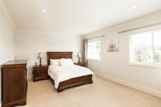 Photo 16: 1878 140A STREET in Surrey: Sunnyside Park Surrey House for sale (South Surrey White Rock)  : MLS®# R2575124