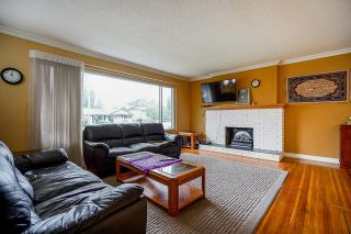 Photo 3:  in Surrey: Guildford House for sale (North Surrey)  : MLS®# R2617331