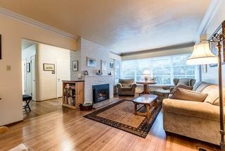 Photo 3: 921 SURREY Street in New Westminster: The Heights NW House for sale : MLS®# R2222277