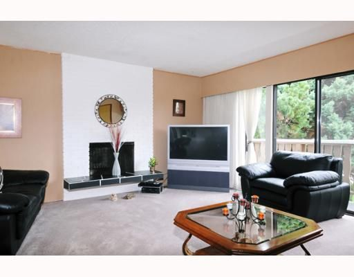 Photo 2: Photos: 1028 MAYWOOD Avenue in Port_Coquitlam: Lincoln Park PQ House for sale (Port Coquitlam)  : MLS®# V776918