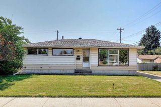 Photo 1: 7311 98 Avenue in Edmonton: Zone 18 House for sale : MLS®# E4253906