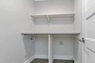 Photo 18: 937 Echo Valley Pl in : La Bear Mountain Row/Townhouse for sale (Langford)  : MLS®# 875844