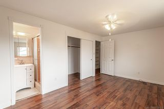 Photo 11: IMPERIAL BEACH House for sale : 4 bedrooms : 323 Donax Ave