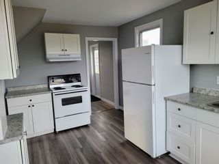 Photo 3: 419 Mitchell Avenue in Dominion: 203-Glace Bay Residential for sale (Cape Breton)  : MLS®# 202111083