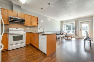 Photo 5: 405 2220 Sooke Rd in : Co Hatley Park Condo for sale (Colwood)  : MLS®# 872370