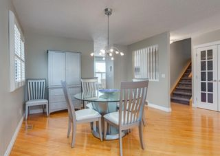 Photo 12: 848 Coach Side Crescent SW in Calgary: Coach Hill Detached for sale : MLS®# A1082611