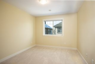"Photo 8: 9 9699 SILLS Avenue in Richmond: McLennan North Townhouse for sale in ""KINSBRIDGE"" : MLS®# R2326507"