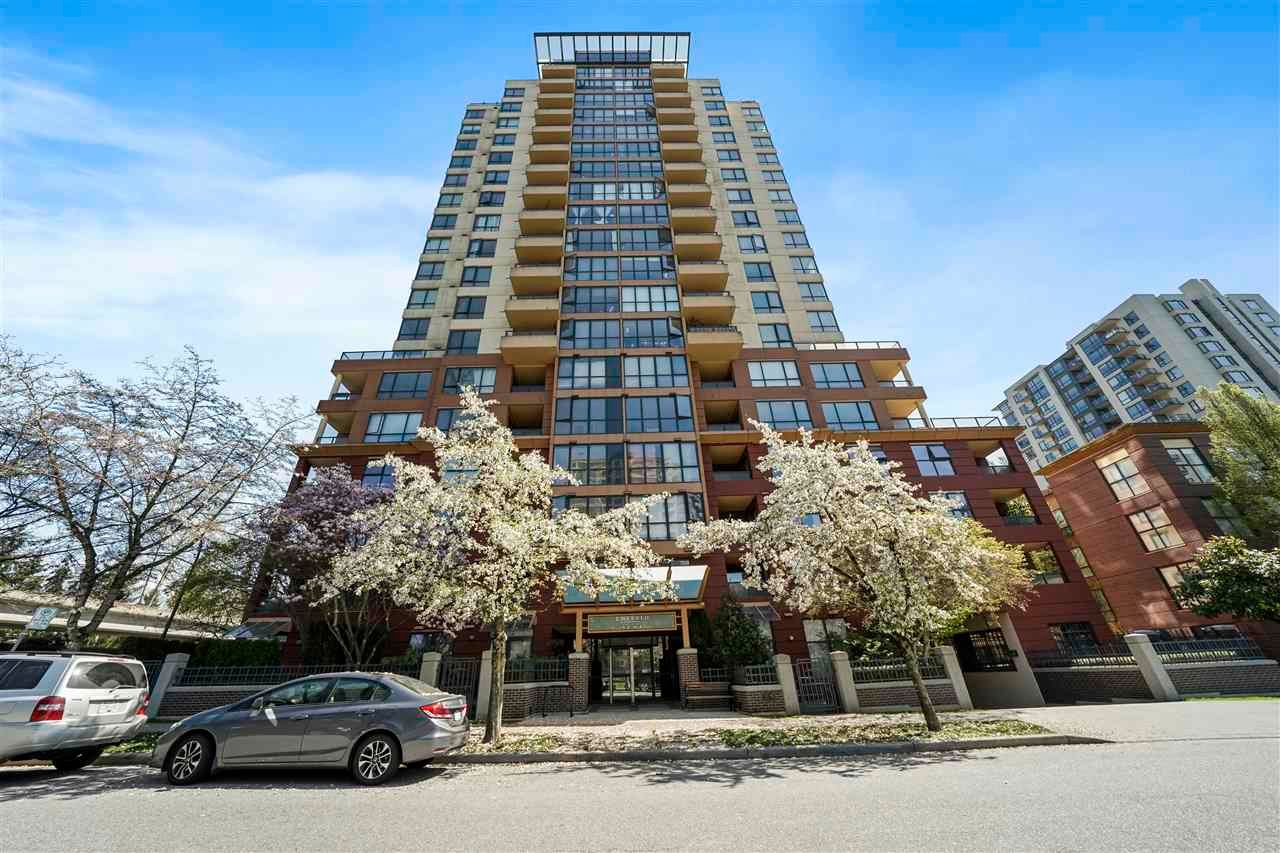Main Photo: 802 5288 MELBOURNE Street in Vancouver: Collingwood VE Condo for sale (Vancouver East)  : MLS®# R2568972
