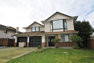 Photo 1: 12277 AURORA STREET in Maple Ridge: East Central House for sale : MLS®# R2331973