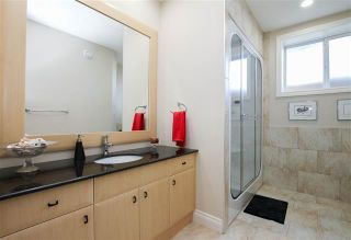 Photo 30: 1420 Woodward Crescent in Edmonton: House for sale