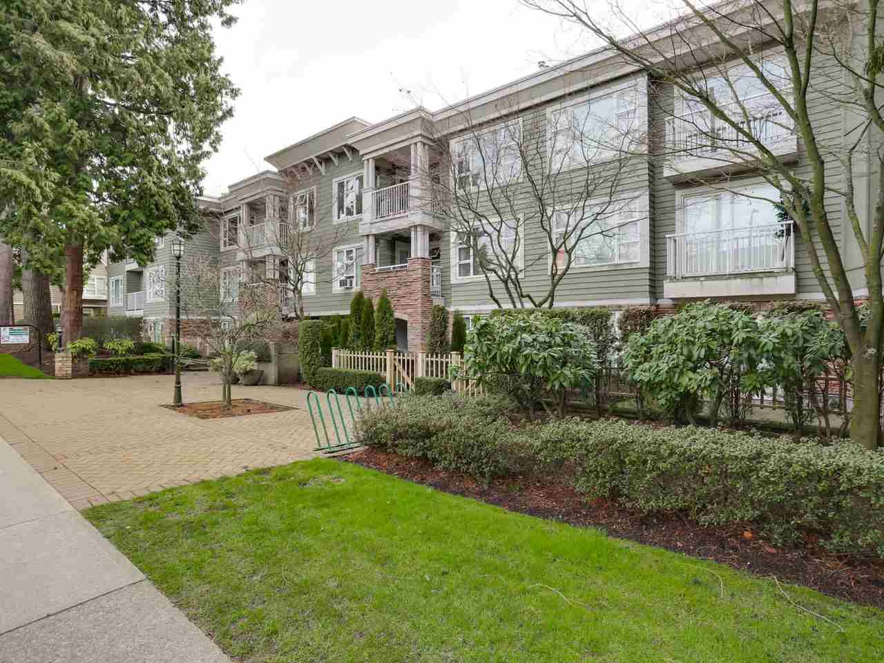 Main Photo: 308- 988 WEST 54TH AVENUE in : South Cambie Condo for sale : MLS®# R2040205