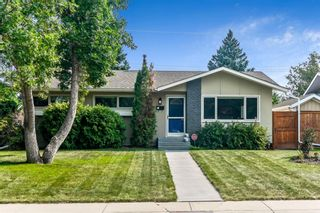 Main Photo: 615 Woodsworth Road SE in Calgary: Willow Park Detached for sale : MLS®# A1135600
