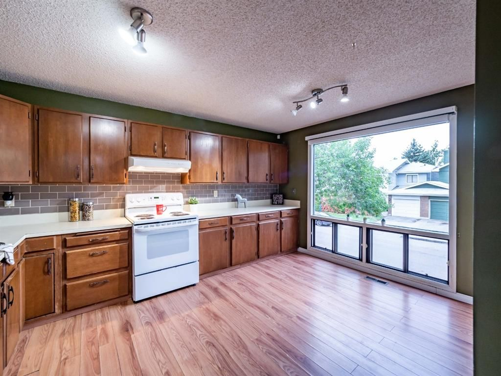 Photo 11: Photos: 32 99 Midpark Gardens SE in Calgary: Midnapore Row/Townhouse for sale : MLS®# A1092782