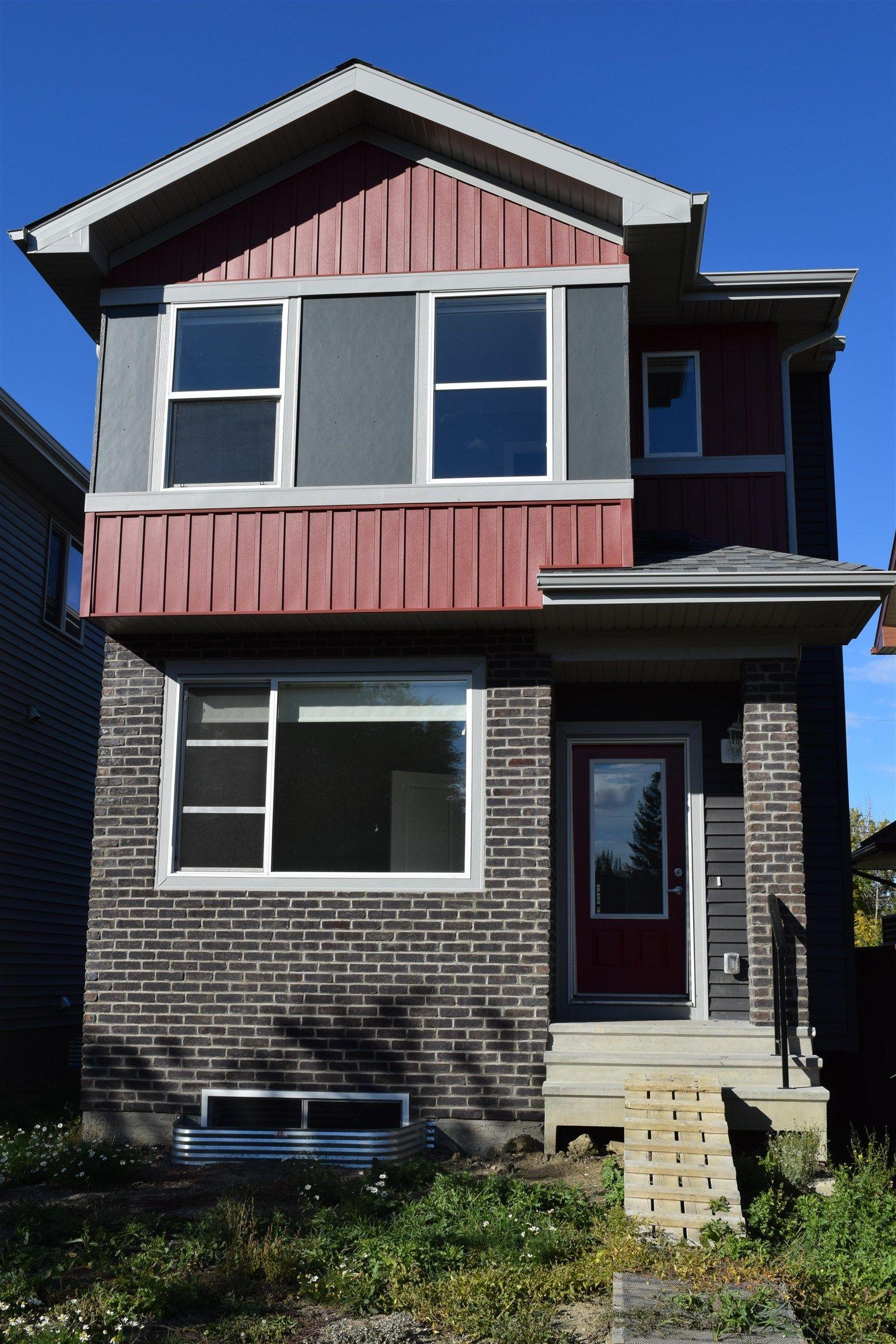 Main Photo: 9116 66 Avenue in Edmonton: Zone 17 House for sale : MLS®# E4263993