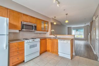 """Photo 6: 18 288 ST. DAVID'S Avenue in North Vancouver: Lower Lonsdale Townhouse for sale in """"St. Davids Landing"""" : MLS®# R2384322"""