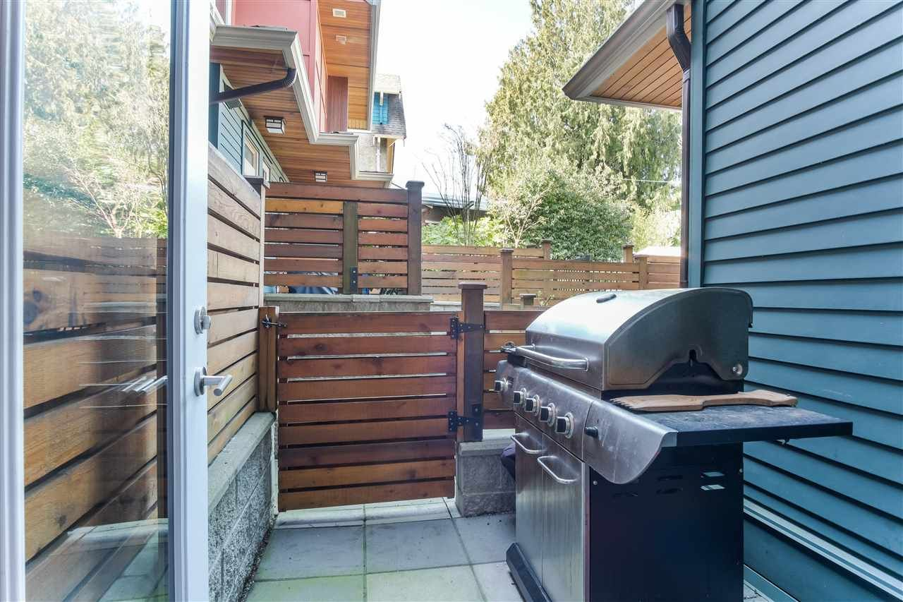 Photo 10: Photos: 3495 INVERNESS STREET in Vancouver: Knight Townhouse for sale (Vancouver East)  : MLS®# R2446835