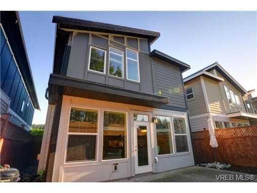 Main Photo: 3240 Navy Crt in VICTORIA: La Walfred House for sale (Langford)  : MLS®# 719011