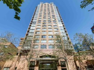 """Photo 16: 1105 1189 HOWE Street in Vancouver: Downtown VW Condo for sale in """"Genisis"""" (Vancouver West)  : MLS®# R2416331"""